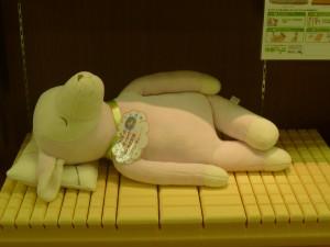 愛知県のぐっすり屋三河豊田店。ただいま、マットレスやマットレスパッドを展示中。